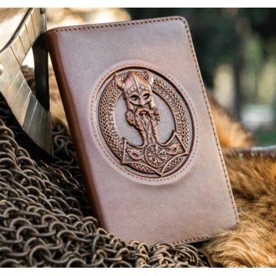 Обложка для паспорта из нат. кожи УКРАИНКИ