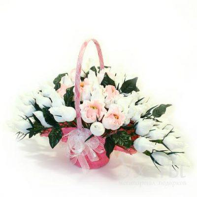 Букет из конфет 'Свадебные цветы'