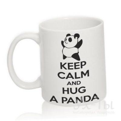 Чашка с надписью 'Hug panda'