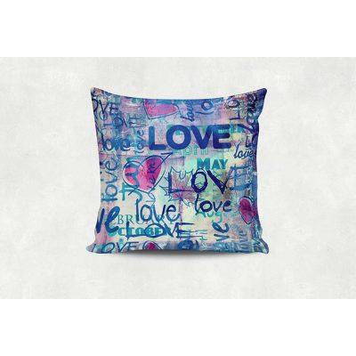 Подушка декоративная LOVE, LOVE, LOVE...