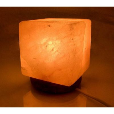 Соляная лампа из Гималайской соли КУБ